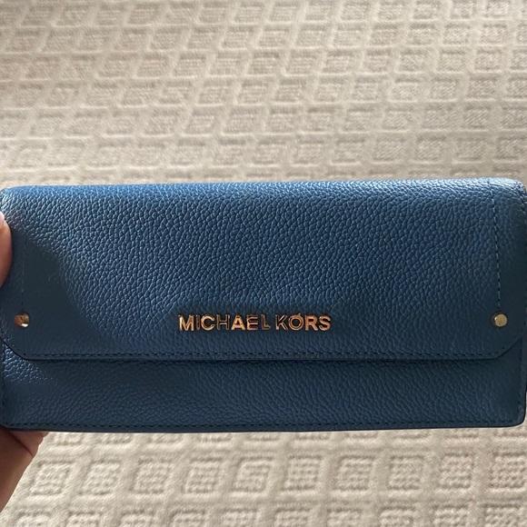 Michael Kors Other - Micheal Kors Jet Set Large Trifold Wallet